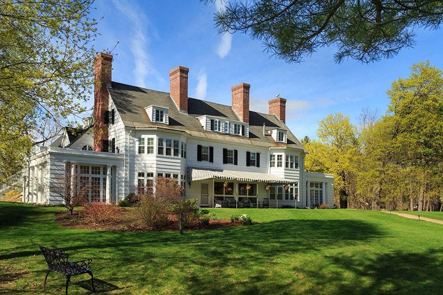 View Gallery Of New England Vacations Bennington Vt