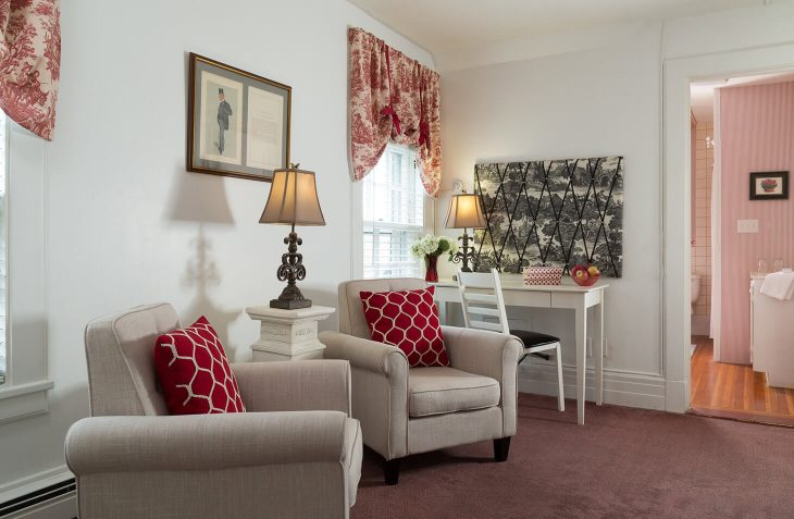 Bennington, VT Inn chairs