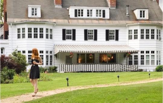 Briana Lyons, visiting The Four Chimney's Inn