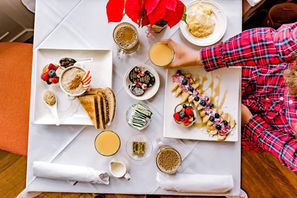 breakfast spread at vermont inn